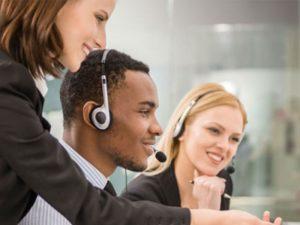 Le confort des agents en centre d'appels, qui passe par un matériel ergonomique et performant ainsi qu'un aménagement optimal de l'espace est essentiel pour que ceux-ci donnent le meilleur d'eux-mêmes