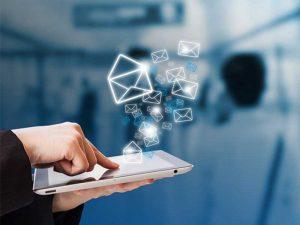 Pour garantir le succès de vos campagnes d'e-mailing, voici une liste d'étapes à suivre. Ainsi, vous pourrez atteindre votre clientèle-cible plus efficacement