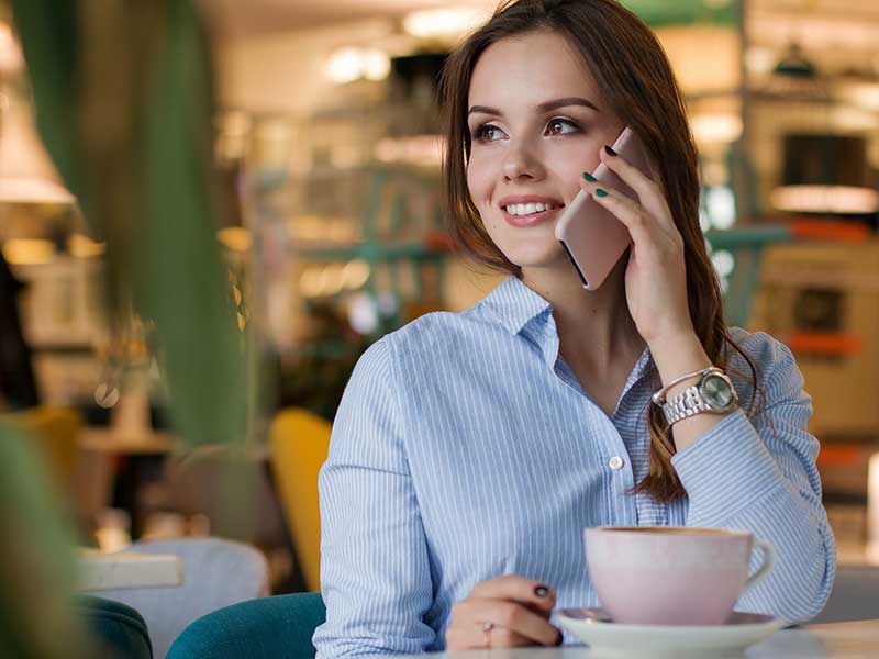 L'engagement client et la fidélisation client sont deux notions bien distinctes et les cerner permettra à une marque d'adopter une stratégie ciblée et efficace.