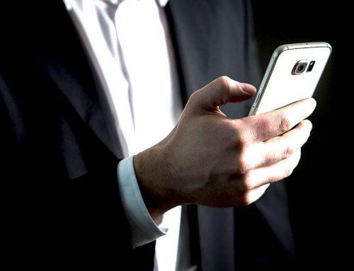 Le téléphone, un complément au service client digital